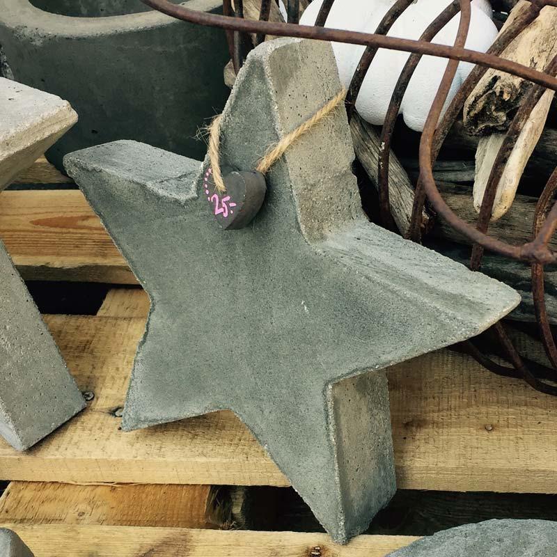 bersicht produkte kunst aus beton von petra prikryl. Black Bedroom Furniture Sets. Home Design Ideas